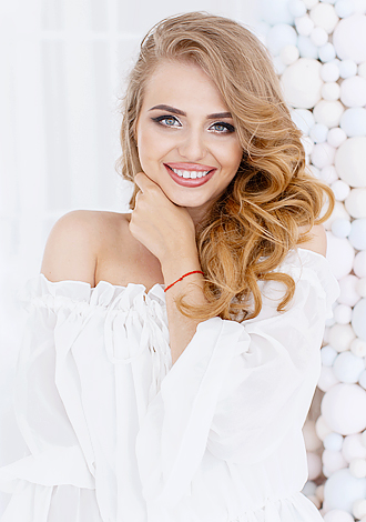 Gorgeous girls only: Marina from Kiev, addresses, caring Ukraine women